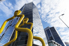 Skyskrapa och nytt kontor i vilnius Arkivbild