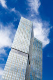 Skyskrapablåttsky Arkivbild
