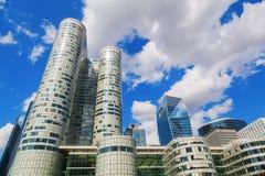 SkyskrapaCoeur försvar i Laförsvar, Paris, Frankrike Arkivfoton