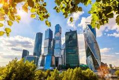 Skyskrapor av Moskva-staden Arkivfoton