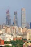 Skyskrapor i stadens centrum Peking, Kina Arkivbilder