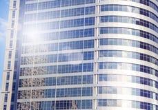 Skyskrapor i Tel Aviv, Israel Modern stadsbakgrund för korporation som tonar Lens signalljus Affärsfinansteknologi Royaltyfri Bild