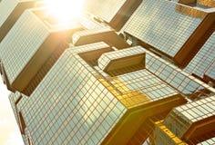 Skyskrapor med ljus för sun Arkivbilder