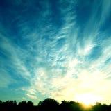 skysolnedgång Royaltyfri Bild