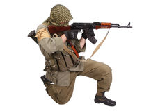 Skytt med AK 47 Arkivfoto