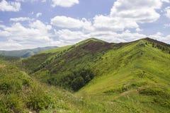 Skyview con le montagne Fotografia Stock Libera da Diritti