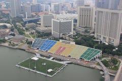Skyview del flotador en Marina Bay, la flotación más grande del mundo Imagen de archivo libre de regalías