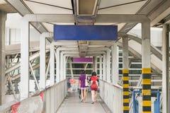 Skywalk на поезде skytrain BTS стоковые изображения