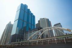Skywalk an Bangkok-Finanzbezirk Lizenzfreies Stockbild