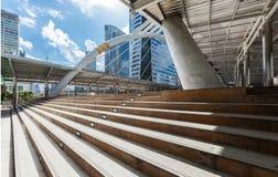 Skywalk di Chong Nonsi Immagini Stock