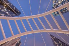 Skywalk Sathon de Chong Nonsi d'angle d'Uprisen - Naradhiwas intersectent image stock
