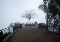 Skywalk y visión en el acantilado del mar de Cabo Girao en Madiera Fotos de archivo libres de regalías