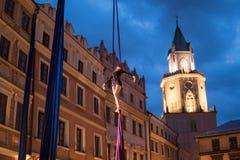 Skywards acrobatische dansen Royalty-vrije Stock Afbeeldingen