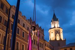 Skywards acrobatische dansen Royalty-vrije Stock Fotografie