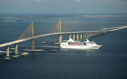 SkyWay Bridge and Cruise ship. Tampa bay, Florida Royalty Free Stock Photography