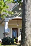 släkt utgångspunkt för dörringångsframdel Fotografering för Bildbyråer