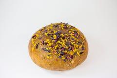 Släntra av bröd med ätliga blommor och muttrar Arkivfoton
