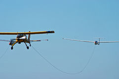 släp för flygplanglidflygplansport Royaltyfri Fotografi