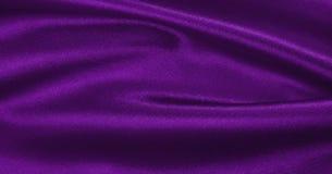 Släta elegant lila lyxig torkduketextur för silke eller för satäng som abstr Royaltyfria Foton