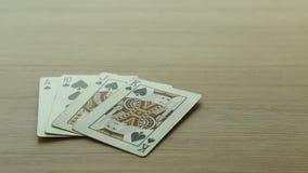 släta kort med poker arkivfilmer