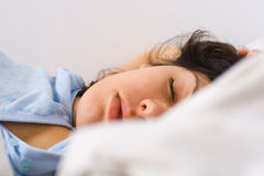 Slaap jonge vrouw Royalty-vrije Stock Fotografie