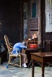 Slaap oude vrouw Stock Foto's