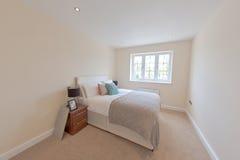 Slaapkamer binnenshuis Royalty-vrije Stock Afbeeldingen