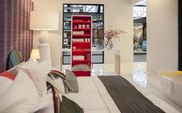 Slaapkamer van Nederlands binnenlands ontwerptijdschrift Stock Foto