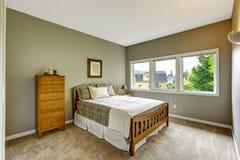 Slaapkamer met rode en grijze decoratie stock foto beeld 27925650 - Beeld decoratie slaapkamer ...