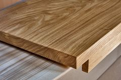 Free Slab Table Top Of Elm. Woodworking And Carpentry Production. Furniture Manufacture Royalty Free Stock Photo - 133978975
