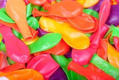 Slag weg heel wat kleurrijke ballons Stock Foto