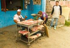 Slager met een mes in Cuba Stock Foto