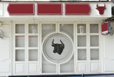 Slagerij of restaurant Leeg uithangbord stock foto