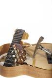 Slagit upp gitarren Royaltyfria Bilder