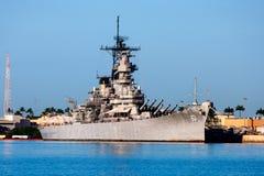 Slagskepp U S S Missouri pärlemorfärg hamn Royaltyfri Fotografi