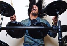 Slagwerker in actie stock afbeeldingen