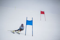 Slalomskidåkare i Gudauri, Georgia Royaltyfri Foto