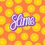 Slam som märker inskriften Citrust runt stycke Citron och orange sömlös modell Vektorillustration på färg fotografering för bildbyråer