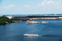 Sland Khortytsya Zaporozhye na central elétrica hidroelétrico no th Fotos de Stock