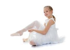 Slank, flexibel jong blondemeisje royalty-vrije stock fotografie