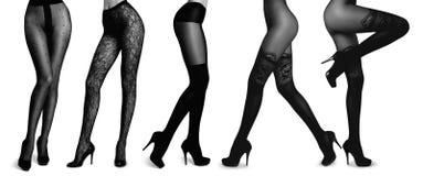 Slanke vrouwelijke benen in nylonkousen Stock Fotografie