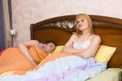 Slapeloosheid. Problemen in Bed Stock Foto's