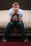 Slaperige gamer Stock Foto's