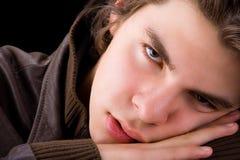 Slaperige jongen Stock Afbeelding