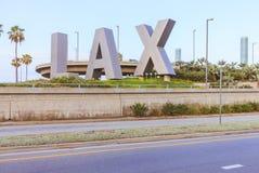 SLAPPA bokstäver framme av Los Angeles den internationella flygplatsen, USA Arkivbild