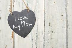 Slate le signe avec l'amour de l'inscription I ma maman Image libre de droits