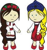 Slavische meisjes in kostuums Royalty-vrije Stock Foto's