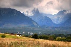 Slavkovsky osiąga szczyt, Prostredny hreben i Studena Dolina dolina Obrazy Stock