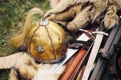 Slawische Kriegersrüstung, mit einem stilisierten 09. Jahrhundert Stockfotografie
