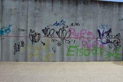 Slecht en simpe graffiti stock afbeeldingen